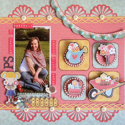 Pretty Little Things  LAYOUT2 - September - Ro Philippsen